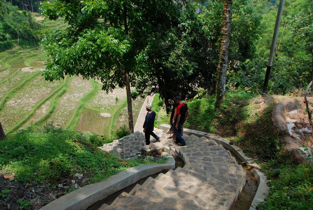Naga, Jawa Barat