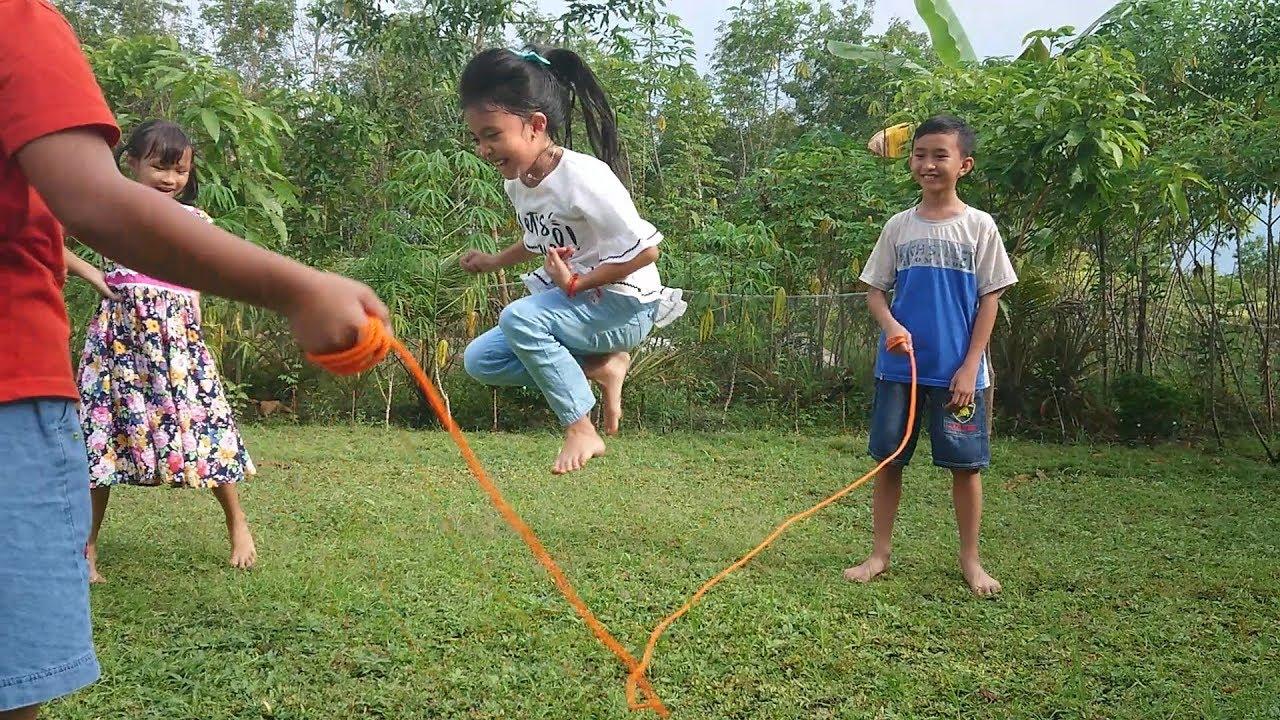 Lompat Tali Permainan Jadul